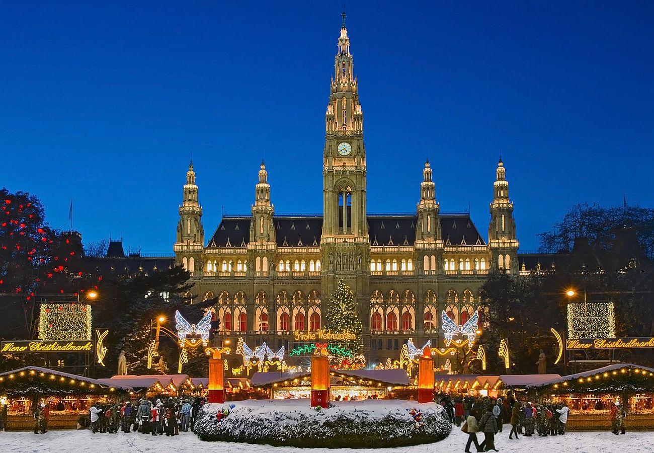 Рождественская ярмарка №6 Wiener Christkindlmarkt, Вена, Австрия