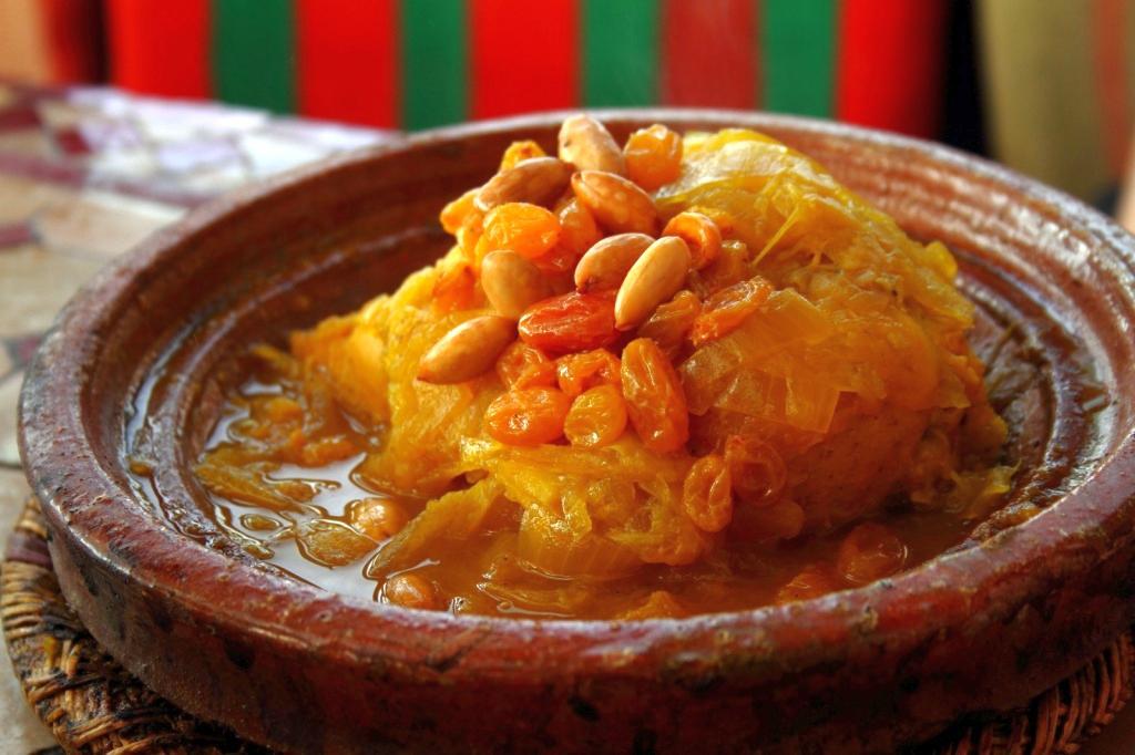 Десертное блюдо в Марокко традиционная национальная кухня